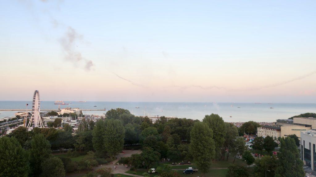 Widok z okna hotelu Mercure zapiera dech w piersiach